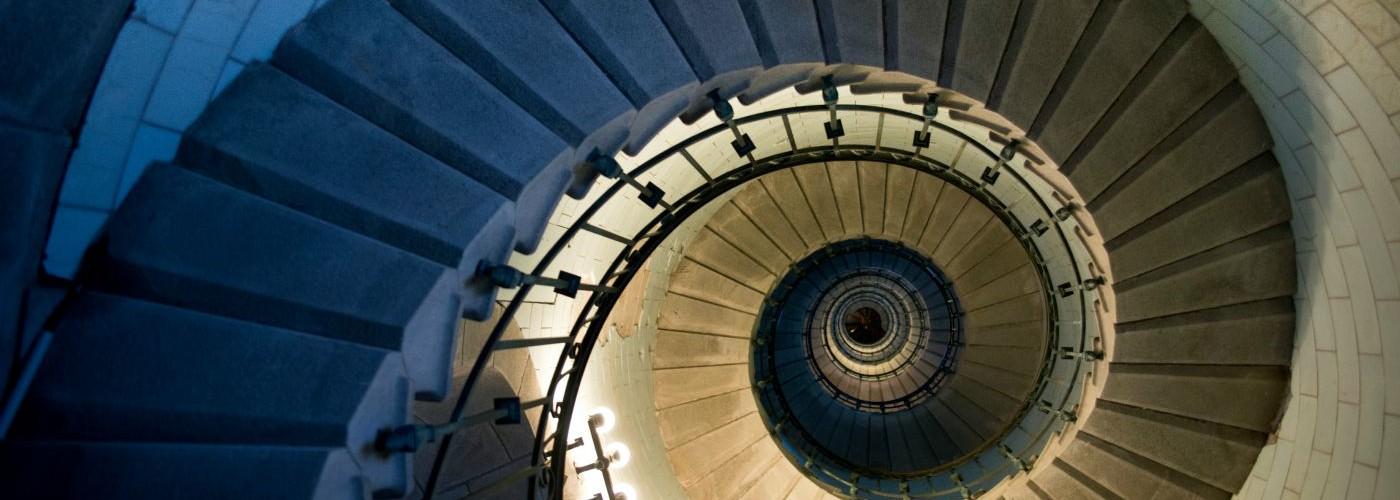 Les escaliers du phare d'Eckmühl à Penmarc'h MaCornouaille