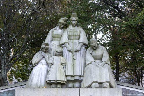 """Monument """"Aux Bigoudens"""""""